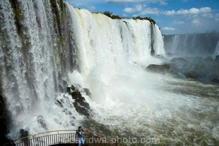 tourist  viewing platform  brazil side  iguazu falls