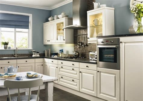 wall for kitchen ideas contrasting kitchen wall colors 15 cool color ideas