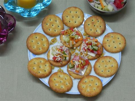 canapé toast preethi bhojan easy peasy biscuit canape