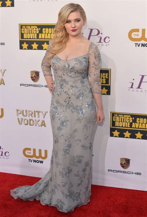 abigail breslin arrived   sexy gown celebrities