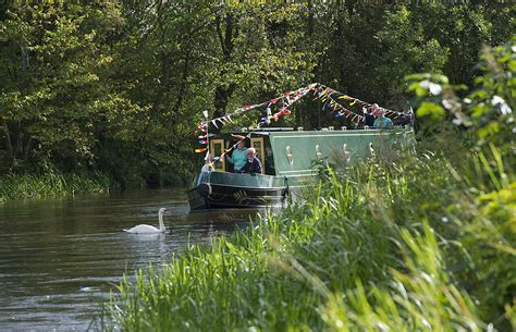Fishing Boat Hire Edinburgh by Discover The Forth Clyde Canal Union Canal And The