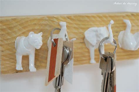 peindre une chambre diy comment transformer des animaux en plastique en