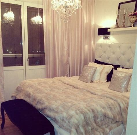 Glam Bedroom by Glam Bedroom