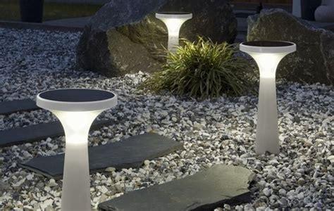 Solar outdoor lights uk democraciaejustica best solar lights for garden ideas uk mozeypictures Images