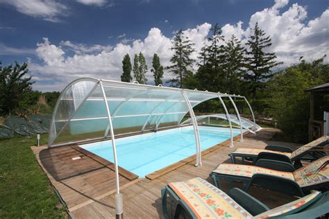 chambre piscine gites chambres hotes piscine chauffee couverte marais poitevin