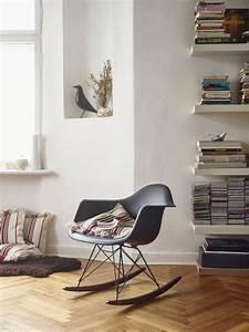 Eames Chair Kopie : herbst highlight rar schaukelstuhl von vitra designblog ~ Markanthonyermac.com Haus und Dekorationen