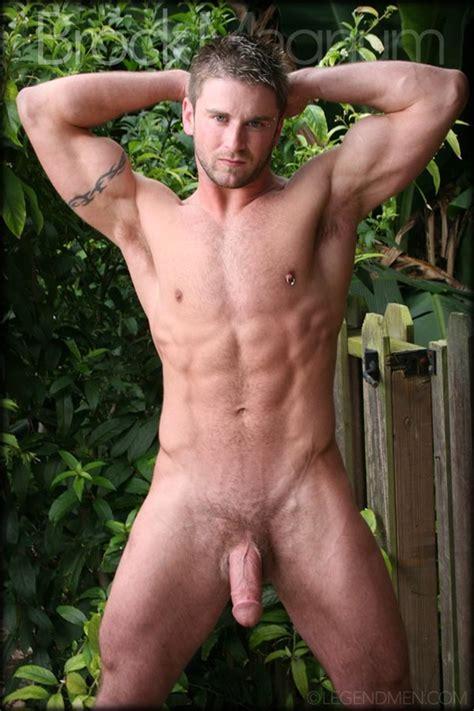Brock Magnum ⋆ Nude Gay Porn Pics