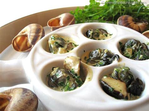 cuisine escargot escargots en cassolette aux 3 chignons recette de