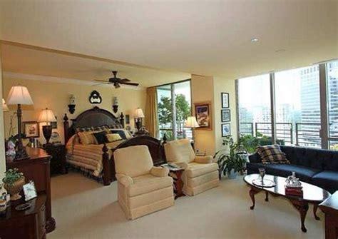 Livin' La Vida Superstar! Inside Psquare's Luxury Homes