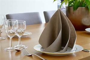 Pliage En Papier : pliage serviette papier facile dans verre ~ Melissatoandfro.com Idées de Décoration