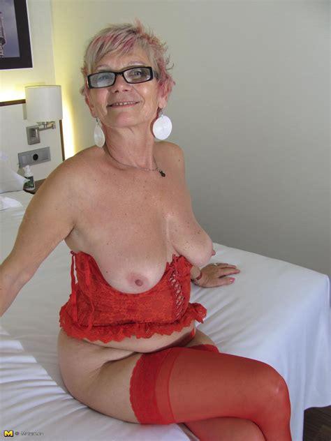 Frckgrnsag6n1 In Gallery Mix Of Freckled Grannies