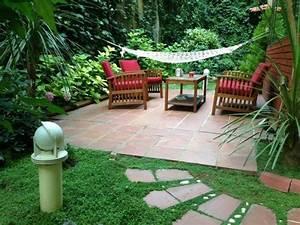 petit jardin idees pour un joli petit espace With exceptional idee deco exterieur jardin 2 amenagement dun espace vert avec terrasse par le