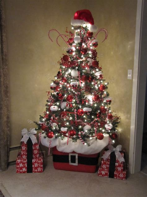 sew many ways santa claus tree