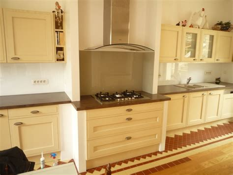 plaque verre cuisine crdence miroir pour cuisine quelle couleur de crdence pour ma cuisine en bois lot central