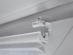 Plissee Befestigung Holzfenster : plissees ohne bohren ~ Orissabook.com Haus und Dekorationen