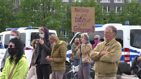 """Das zuhause aller innovatoren, kreativer, macher und herausforderer. """"Querdenker"""" wehren sich gegen Demo-Verbot in Bremen ..."""