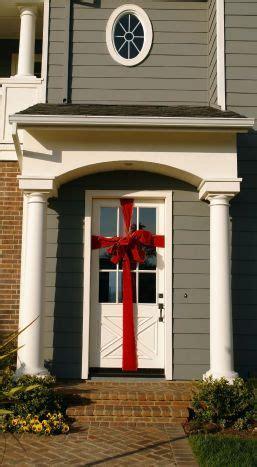 wrap  door   giant bow quick cheap  easy