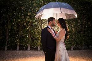 8 rainy day wedding photography tips you need to know With how to do wedding photography
