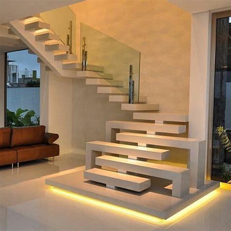 model tangga rumah minimalis modern terbaru