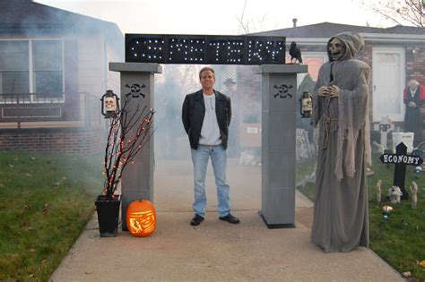 Diy Halloween Coffin Prop by Diy Halloween Props Nikitaland