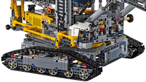 technic sets 39 s largest technic set can dig a moat around your home