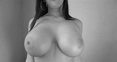 Nude Share Boobies Jiggle