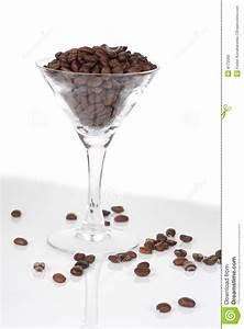 Martini Glas Xxl : lebensstil schoss vom martini glas mit kaffee xxl stockfoto bild von glas nahrung 8172080 ~ Yasmunasinghe.com Haus und Dekorationen