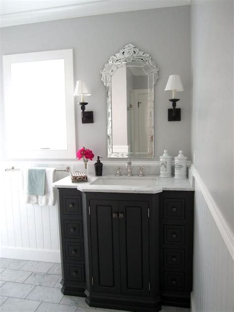 Classic Casual Home Stunning Bathroom With Gray Walls
