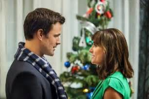 its a wonderful movie your guide to family and christmas movies on tv august 2013