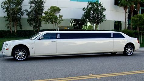 Car Rental Limo by Limousine Hire Delhi Limo Rental Service India Luxury