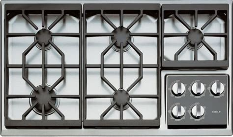 wolf ctgs   gas cooktop   dual stacked sealed burners true simmers individual