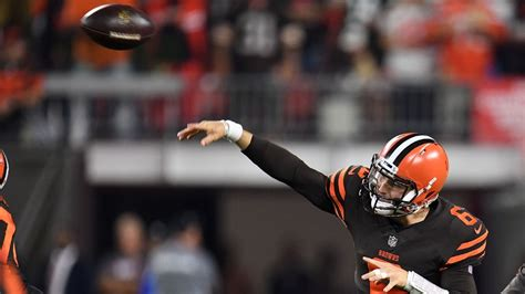 baker mayfield named starter  cleveland browns
