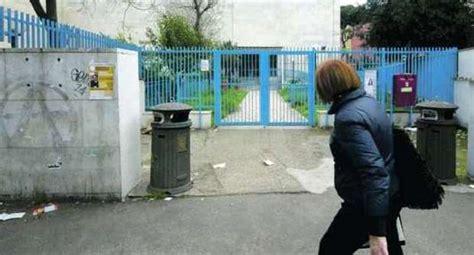ufficio postale montesacro nomade chiede l elemosina a un anziana e tenta di