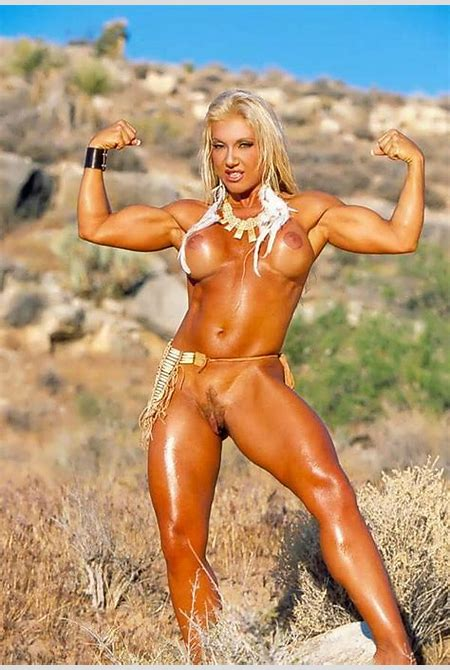 Muscler Woman - HornyWishes.com
