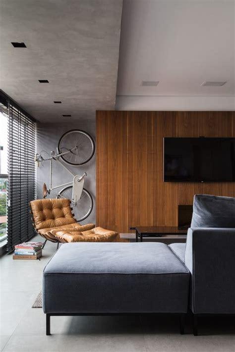 sala sofa marrom e parede cinza sala de estar sof 225 cinza painel de madeira como suporte