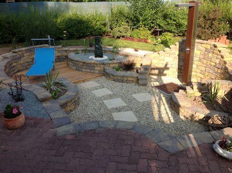 Senkgarten  Garten  Wasser Stein