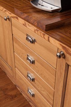 handles for oak kitchen cabinets 1000 images about lacquered oak cottage kitchen 6985