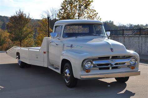 ford  custom hauler