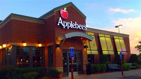 Applebee's Bets $75 Million That Wood-Fired Grills Will ...