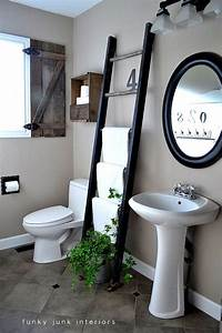 Echelle Decorative Casa : bathroom towel decor ideas modern minimalist bathroom ~ Teatrodelosmanantiales.com Idées de Décoration