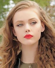 Beautiful Natural Makeup Red Lips