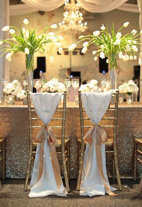 habit de chaise mariage 10 232 res 233 l 233 gantes d habiller les chaises d un mariage page 2 sur 2 mariage