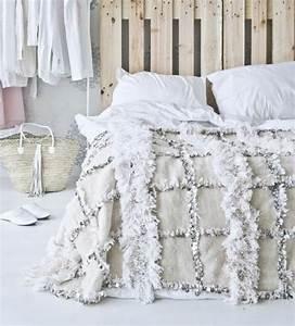 Tete De Lit Simple : plusieurs id es pour faire une t te de lit soi m me ~ Nature-et-papiers.com Idées de Décoration