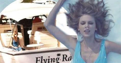 Is Taylor Swift wearing her 'blue breakup dress' in new ...