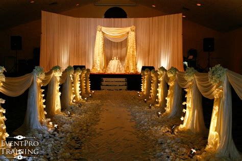 Church Wedding Decoration Pictures Church Wedding And