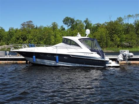 Regal Used Boats Ontario by Regal 4260 Commodore 2004 Used Boat For Sale In Toronto