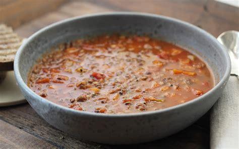 soupe aux lentilles vertes du puy repas en mode coconing recette française ideoz voyages