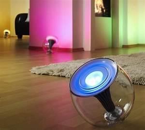 Lampe Philips Living Colors : livingcolors translucent changing led lamp ~ Dailycaller-alerts.com Idées de Décoration