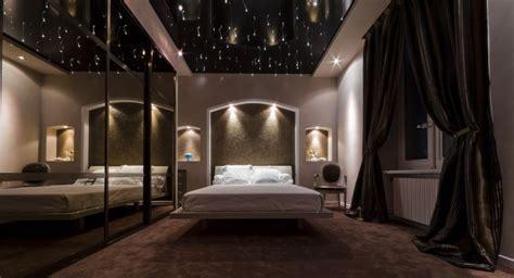 plafond tendu design façon ciel étoilé artisan sur
