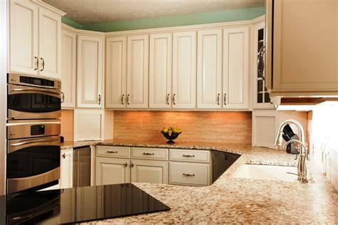 picture of cabinet in the kitchen white kitchen cabinets ideas kitchen ideas 9097